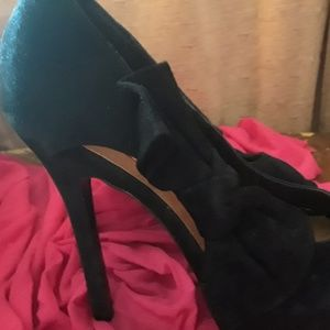 Black Suede Open Toed Pumps